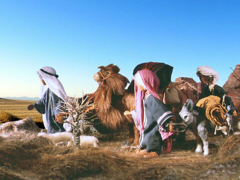They set off on the long trip through the desert to the land of Egypt. Abram should have trusted God to protect him rather than plan to tell lies. – Slide 3