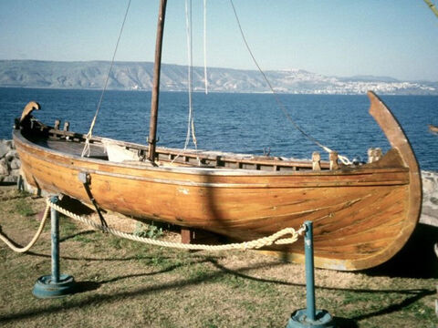 A life-sized reconstruction of the boat can be found at Kibbutz Ginosar. The Galilean boat had a stern deck for the storage of large fishing nets. Beneath its planks, such a deck provided a somewhat secluded area where tired fishermen could rest. – Slide 14
