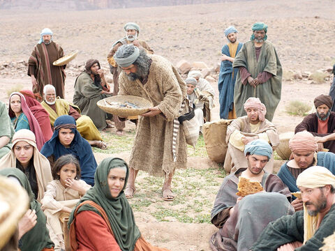 The disciples gave out the bread and fish ... – Slide 15