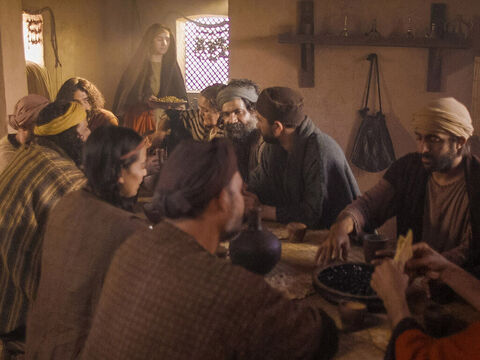 Jesus was staying in Bethany at the house of Lazarus and his sisters Mary and Martha. A dinner was given in Jesus' honour. Martha served the food. – Slide 1