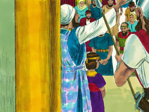 Jehoiada the priest had the boy king Joash and the people of Judah make a covenant with the Lord. They promised again that they would love and obey the Lord God. – Slide 5