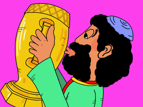 Zacchaeus loved all his fine possessions and always wanted more and more expensive things. – Slide 3