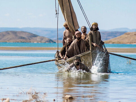 Sometimes fishermen jump into the sea to adjust the net for drawing in. Peter had probably just climbed back into the boat after adjusting the net for drawing. When he learned that it was Jesus who stood on the shore, he put on his tunic and swam ashore (John 21:7). – Slide 14