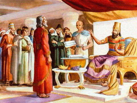 And Daniel, because of his great wisdom, was a favourite of the king. Daniel was given the place of authority over all the other princes. Only the king could tell Daniel what to do. – Slide 3