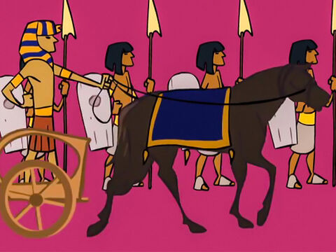 The king got his war chariot and army ready. – Slide 3