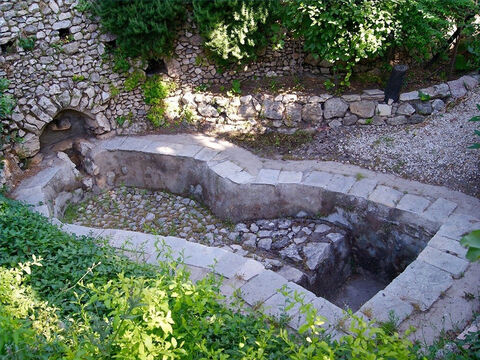 An ancient wine press in Jerusalem. – Slide 19