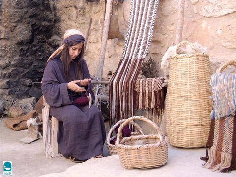 Weaving was practised from early Bible times (Exodus 35:35). The Egyptians were especially skilled in it (Isaiah 19:9, Ezekiel 27:7) and the Israelites most likely learnt it from them. Joseph wore fine linen (Genesis 41:42). – Slide 1